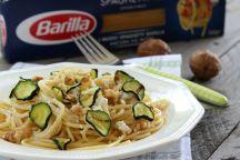 Spaghetti alle zucchine con ricotta e noci