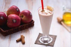 Ricetta Smoothie alle mele, pere e cannella