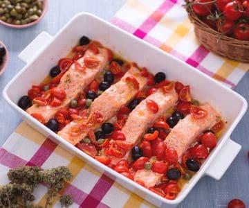 Filetti di salmone alla mediterranea