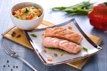 Salmone alla griglia con insalata di cous cous