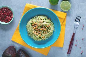Ricetta Spaghetti integrali con crema di avocado e ceci croccanti