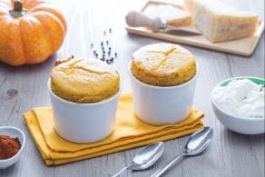 Soufflè alla zucca e paprika con crema di burrata
