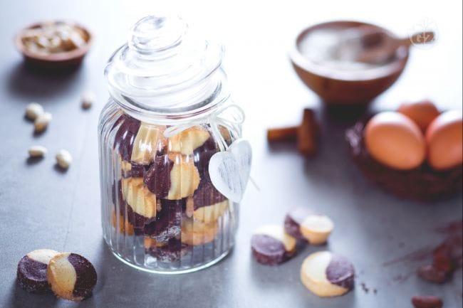 Diamanti al cacao e mandorle