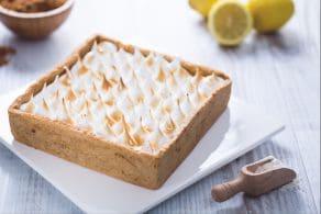 Crostata con curd di limone e meringa