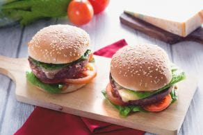 Ricetta Burger di manzo con maionese di soia