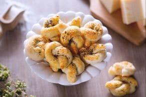 Ricetta Nodini di parmigiano