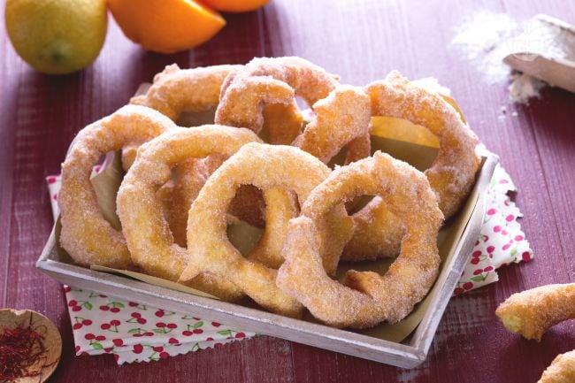 Ricetta zeppole sarde la ricetta di giallozafferano for Ricette dolci sardi