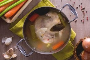Ricetta Brodo di gallina (o pollo)