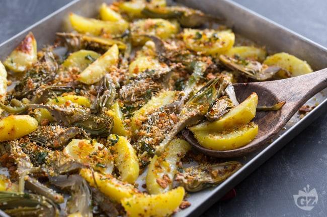 Ricetta carciofi e patate la ricetta di giallozafferano for Carciofi ricette