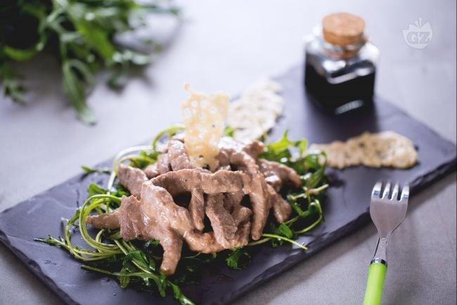 Ricetta straccetti di manzo la ricetta di giallozafferano for Ricette culinarie