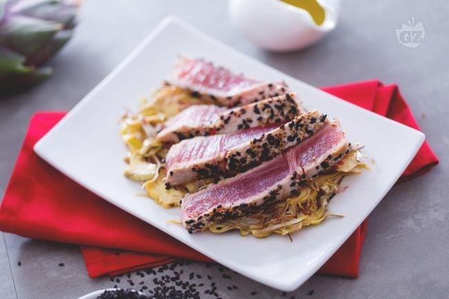 Ricetta tonno al sesamo la ricetta di giallozafferano - Cucinare tonno fresco ...