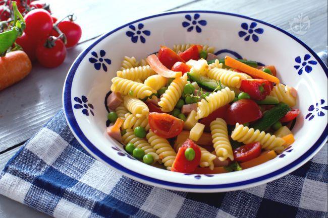 Ricetta pasta fredda la ricetta di giallozafferano for Ricette pasta veloci