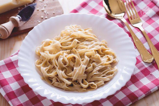 Ricetta Fettuccine Alfredo La Ricetta Di Giallozafferano