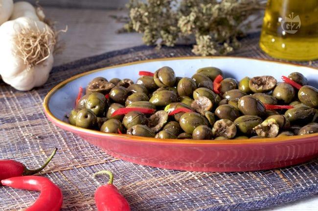 Ricetta Olive Schiacciate - Come Fare le Olive Schiacciate