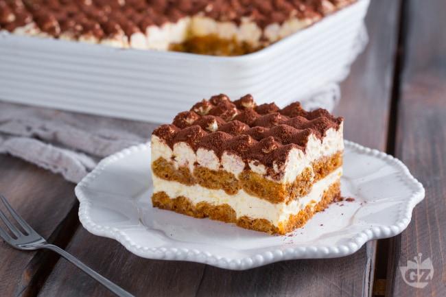 Il tiramisù è sicuramente uno dei dessert più golosi e conosciuti al mondo 5ebbddbd3e6
