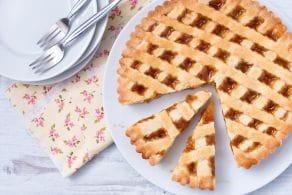 Ricetta Crostata alla confettura di albicocche