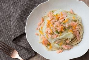 Pasta al salmone con crema di porri