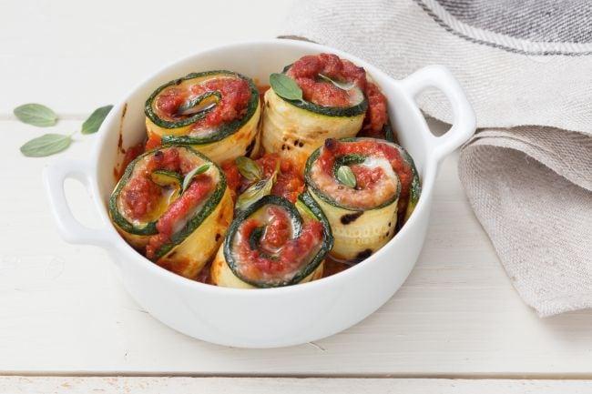 Involtini di zucchine al ragù