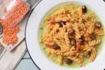 Pasta con lenticchie e cavoletti
