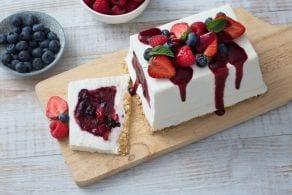 Ricetta Mattonella allo yogurt con frutti di bosco