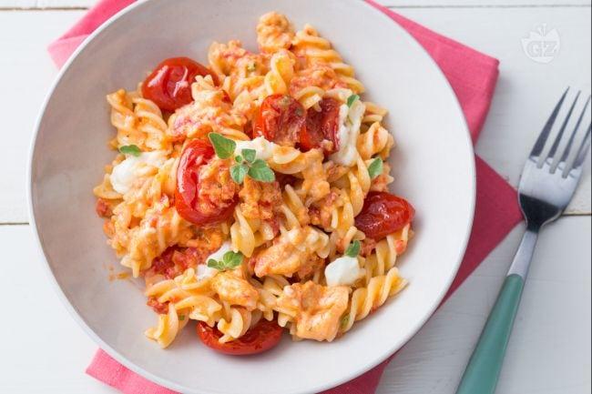 Ricetta pasta con pomodorini e stracchino la ricetta di for Spaghetti ricette