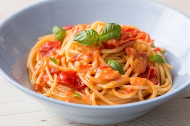 Ricetta pasta allo scarpariello la ricetta di for Pasta ricette veloci