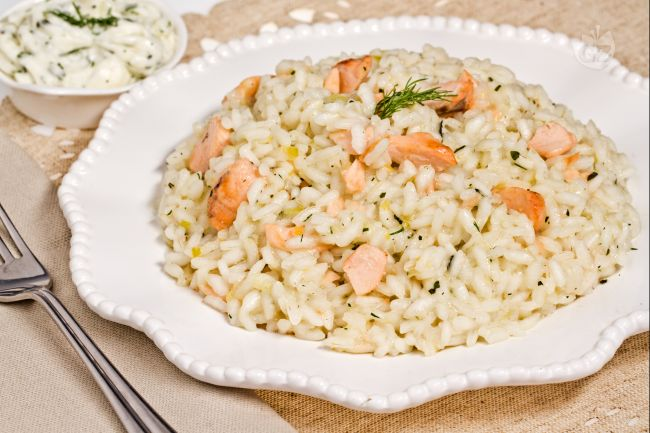ricetta risotto al salmone la ricetta di giallozafferano