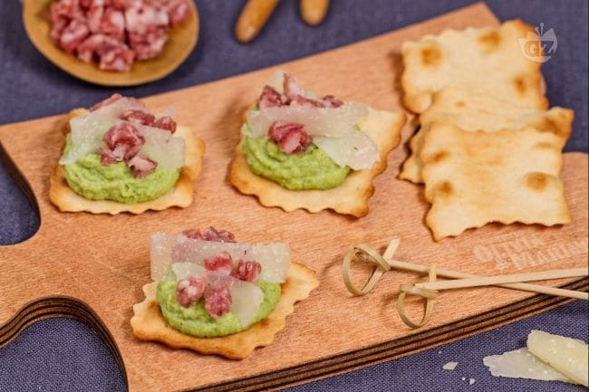 Ricetta sfoglie classiche con purea di fave la ricetta - Idee per un aperitivo in casa ...