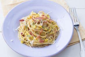 Ricetta Pasta con crema di zucchine gialle e prosciutto