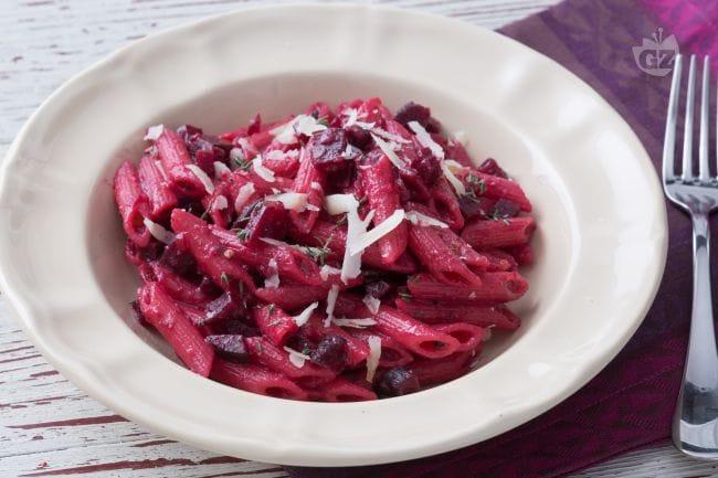 Ricetta pasta con barbabietola e pecorino la ricetta di for Barilla ricette