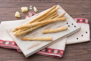 Ricetta Grissini cacio e pepe