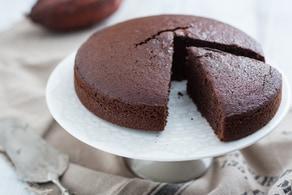 Ricetta Torta al latte caldo al cacao