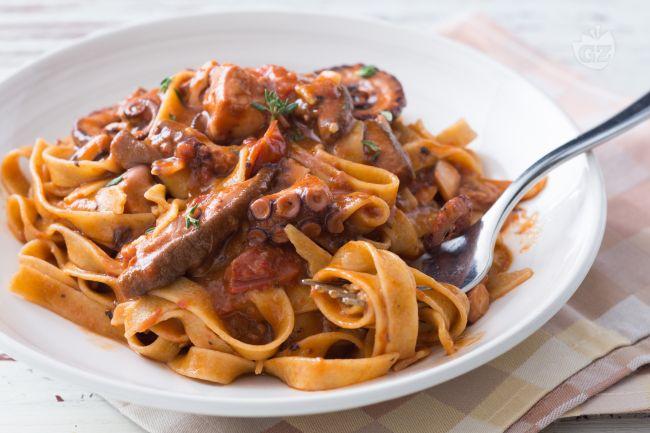 Pasta le ricette di giallozafferano for Spaghetti ricette