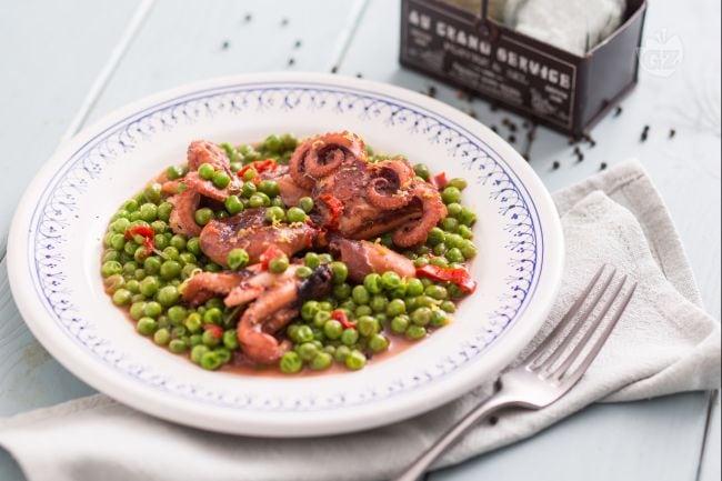 Ricetta moscardini con i piselli la ricetta di for Cucinare moscardini