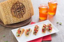 Mini Tacos di Grana Padano e salsiccia