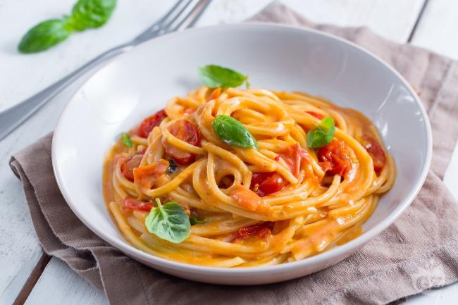 Ricetta pasta allo scarpariello la ricetta di for Spaghetti ricette