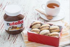 Sandwich cookies all'avena con Nutella®