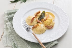 Ricetta Ravioli alla crema di formaggio e uova