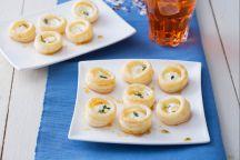Bocconcini di sfoglia con formaggio e miele