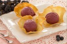 Ricetta Gelato di uva fragola in cialda