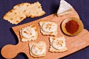 Sfoglie con crema obatzda e paprika