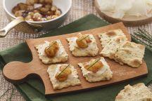 Sfoglia alle olive con cipolle caramellate