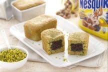 Mini plumcake al pistacchio con cuore al Nesquik