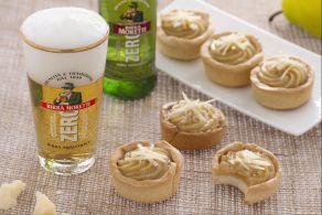 Bicchierini alla birra con crema al parmigiano