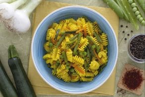 Radiatori con verdure e zafferano