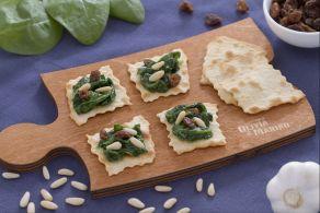 Sfoglie classiche con spinaci uvetta e pinoli