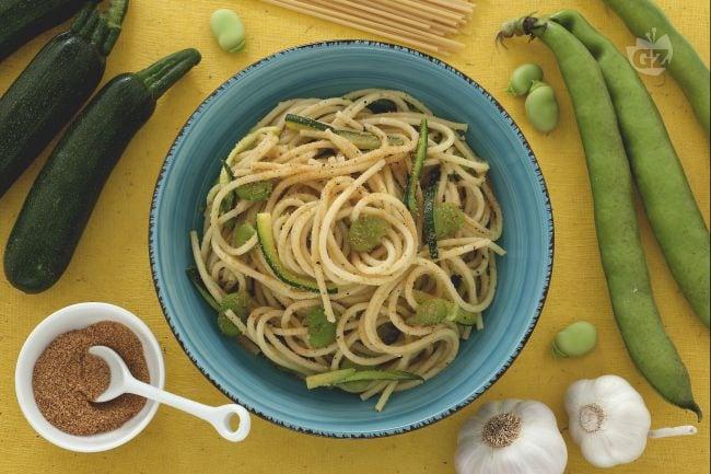 Pasta fave zucchine e bottarga