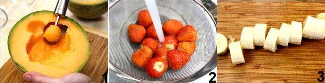 Spiedini di frutta con salsa di cioccolato e granella di nocciole