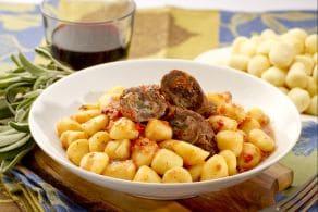 Ricetta Gnocchi coi Useleti (Gnocchi con gli involtini di carne)