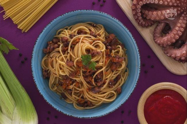 Spaghetti alla chitarra con ragù di polpo